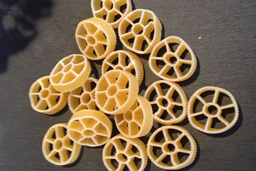 route pasta,,also known as rotelli, rotini, and wagon wheel pasta