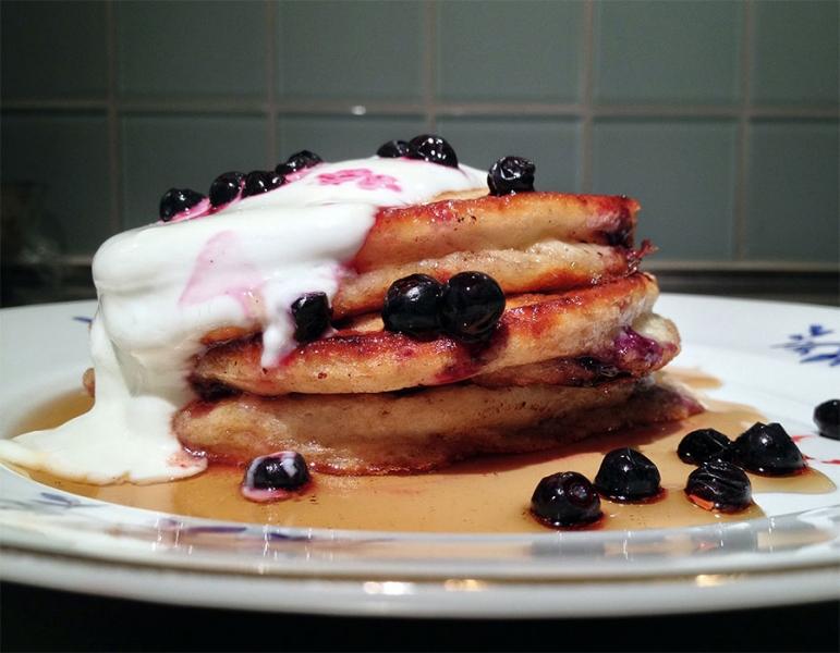 ricotta blueberry pancakes